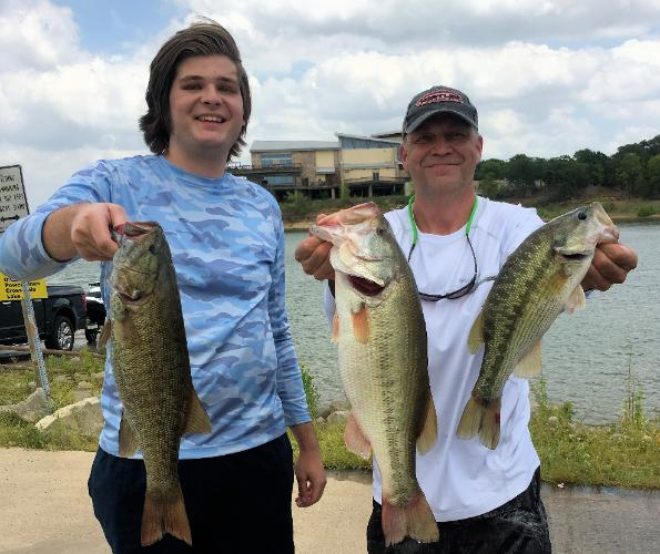 Steve and Dillon Davis with 1st place and Big Bass at Lake Grapevine